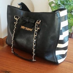 Black and white Betsey Johnson purse